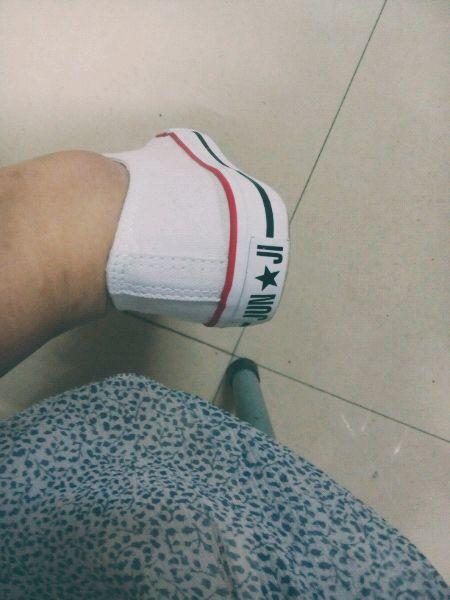 有哪位美女知道穿鞋不打脚的方法吗
