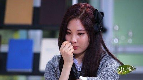 少女时代徐贤允儿多位成员哭成
