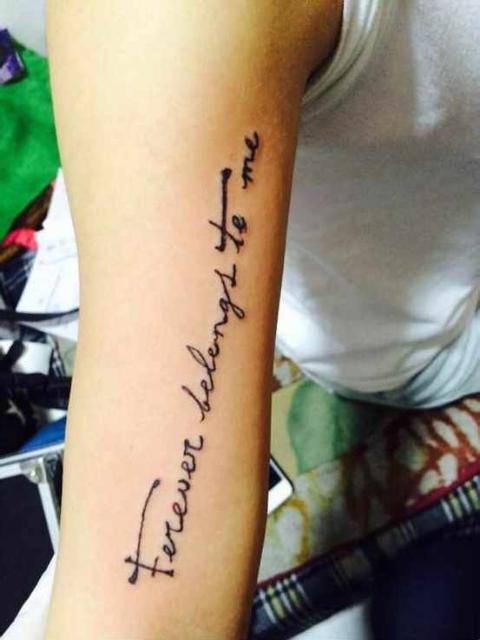 想纹在手臂内侧小图案或者英文图片