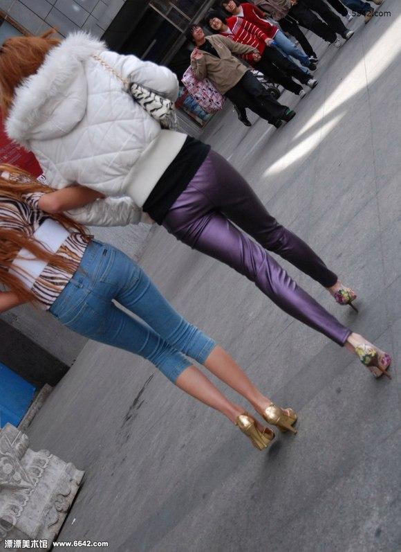 紫色长裤性感的高跟美女