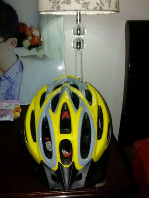 我的奥特曼头盔到了!拯救世界!泽被苍生的任务