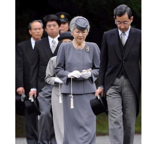 日本皇后美智子的小帽风采
