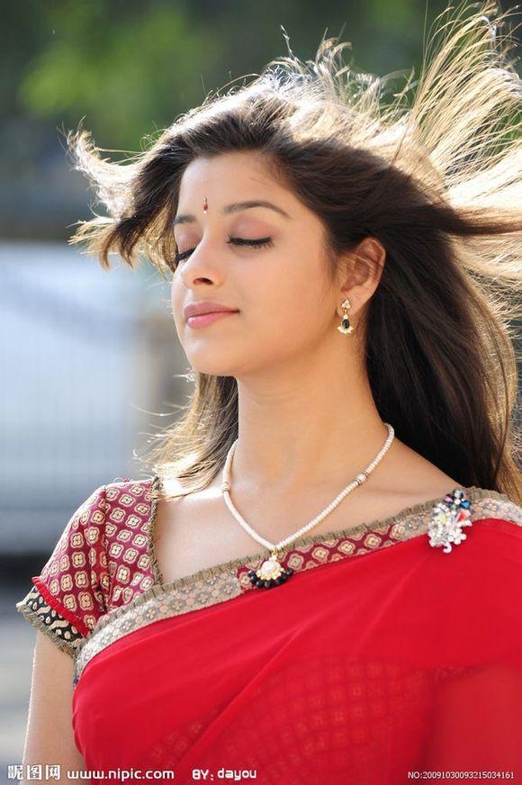 每每看到印度电影里面的美女都不能自拔