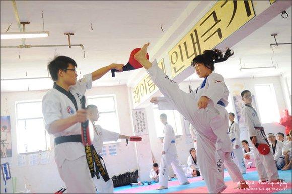 美女跆拳道 上海跆拳道吧