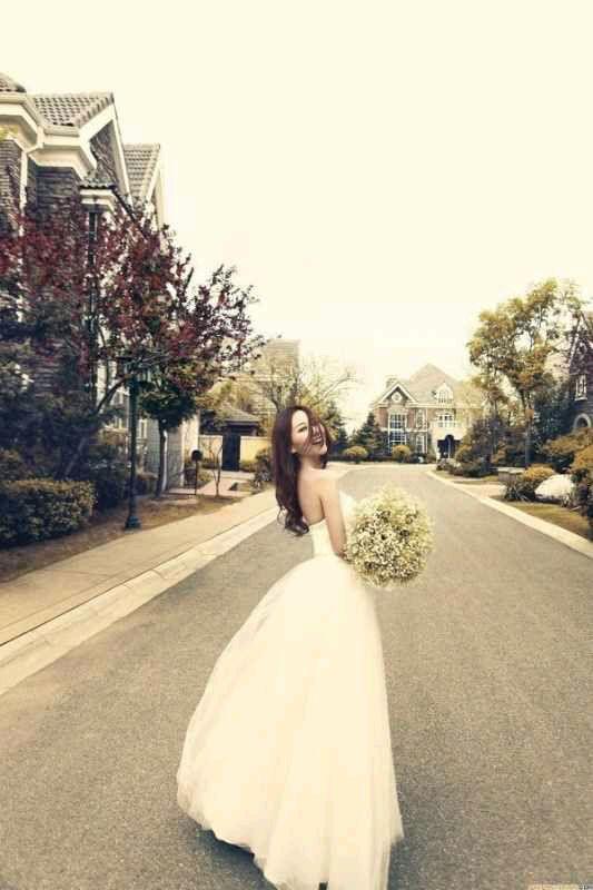 穿上最美的婚纱,我想做你最美的新娘._子长中学吧_百度贴吧高清图片