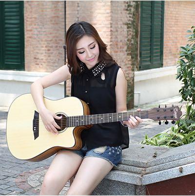 美女与吉他_木吉他吧_百度贴吧图片