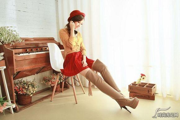 【图】长腿长靴美女 过膝靴控吧