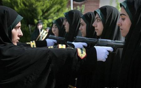 爆图,伊朗女警察英姿飒爽