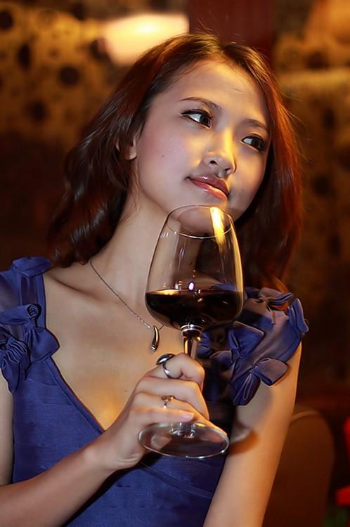 红酒/女人