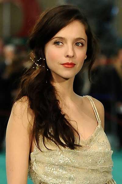 都说法国电影美女多 西班牙电影美女也不少 竖