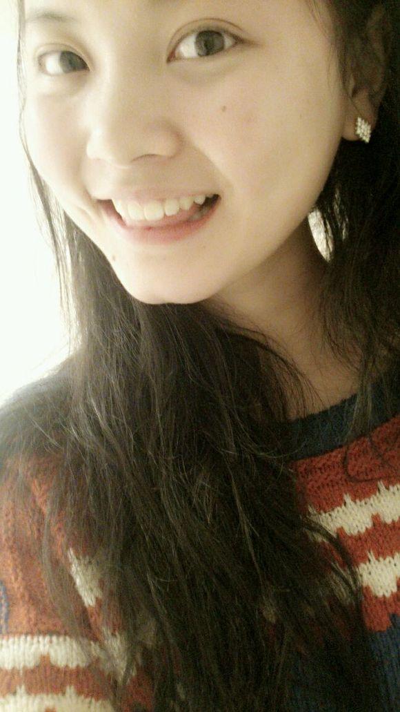 我喜欢笑起来很好看的女生