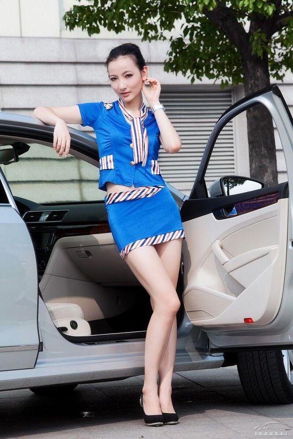 空姐美女与帕萨特 制服空姐诱惑吧