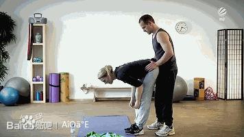 健身教练女学员mp4