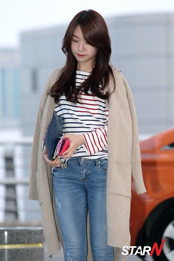 韩国薄丝细腿美女