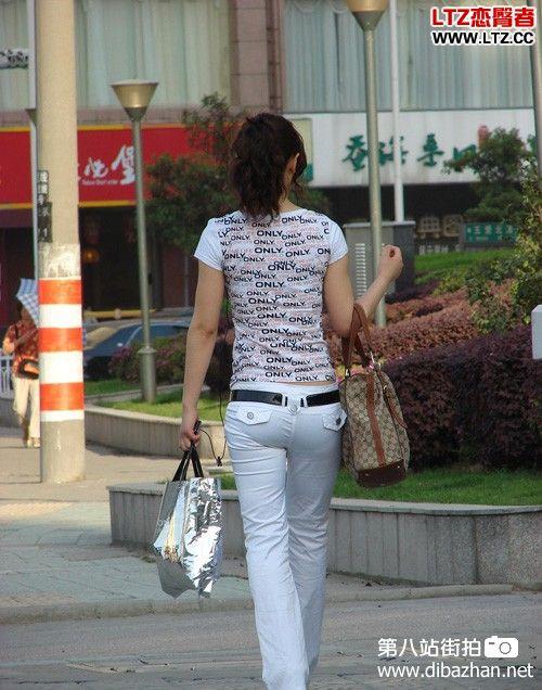 白色紧身裤社会摇