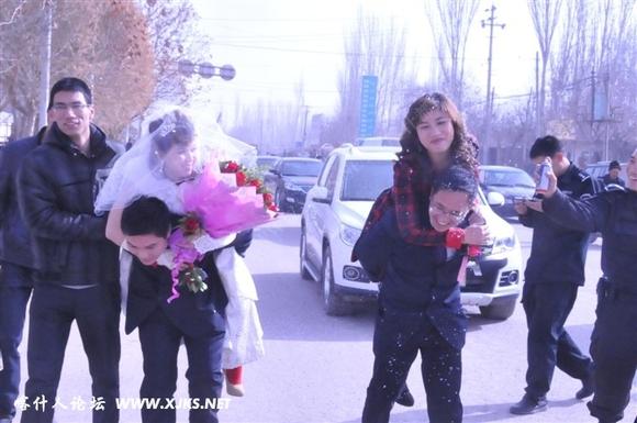 惹人爱的维吾尔族