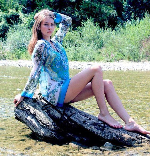 黑河与布市俄罗斯美女