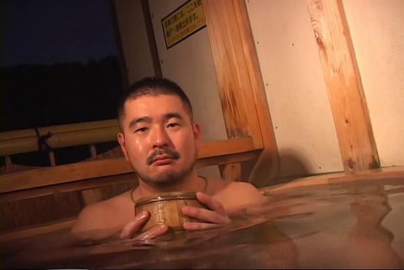 日本筋肉男大叔控gv
