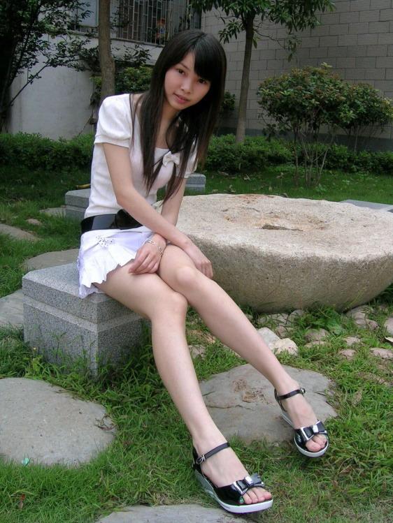 18左右的单纯女孩照片