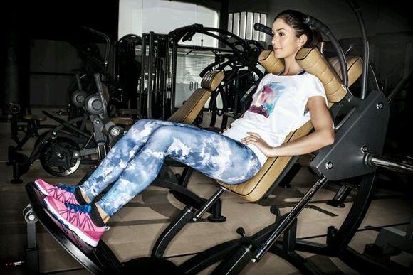 女性健身器械