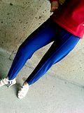 老式蓝色健美裤图片