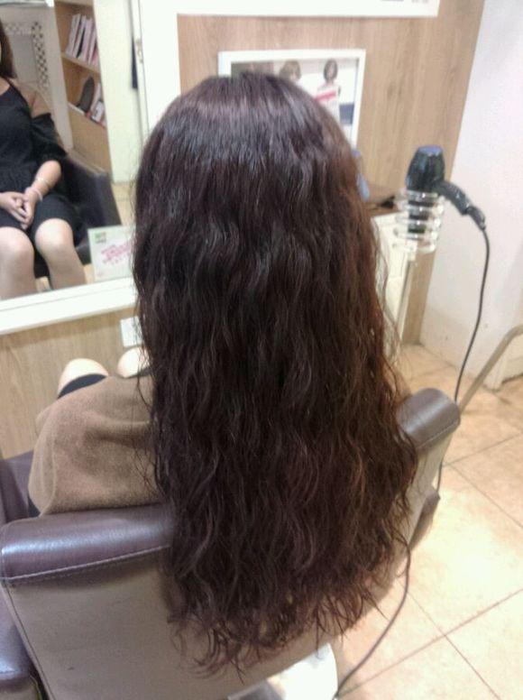 理发师说我的头发不适合烫水波纹图片