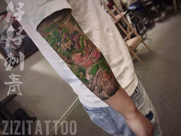 唐狮子七分袖, 郑州纹身店仔仔刺青图片