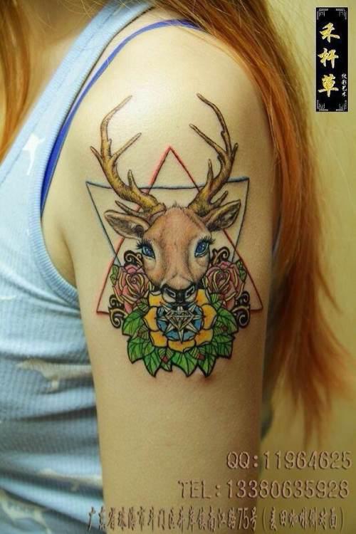 求鹿头纹身的手稿图片图片