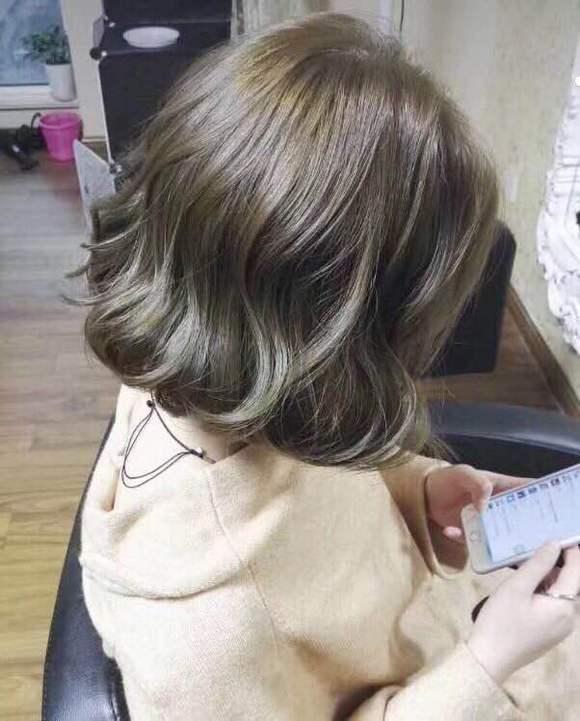 还有就是天然底色,也就是头发本身的颜色