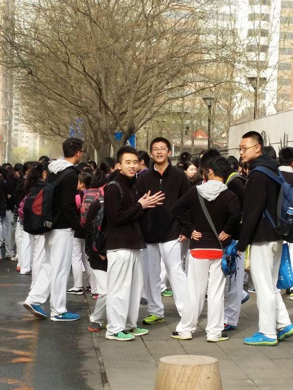 3月29日八中高中部体育考场v体育照片普通高中广州市图片