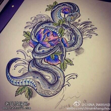 背上眼镜蛇纹身_纹身图案大全图图片