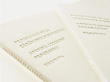 求大神告诉原研哉老师在冬季奥运会设计的作品用纸是那一种纸图片