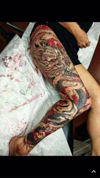求盘腿龙纹身图片