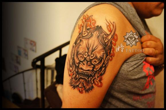般若作为纹身,是把身体里的嫉妒怨念聚集到纹身上,有护身,平安的意思图片