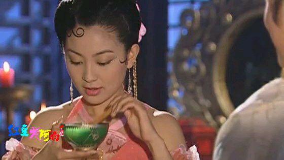跋扈乖戹�9�#��'_嚣张跋扈的贵妃娘娘也只有在皇帝面前才乖的像个女人