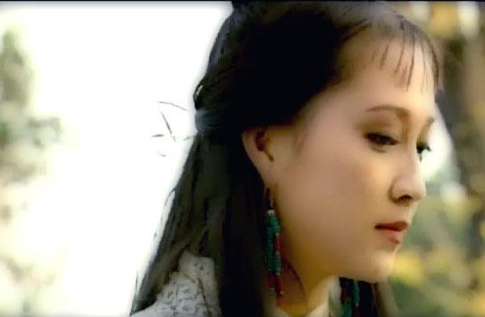 甘十九妹杨露_杨露:甘十九妹——1996年《甘十九妹》(23岁)