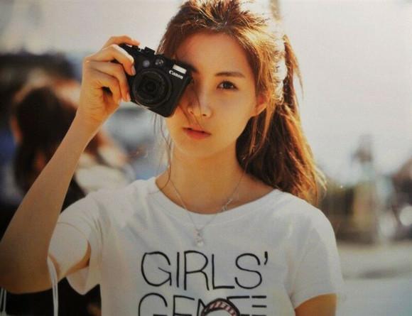 114sm推出情趣意思纪念版专辑,之前没发表的时代是少女什么歌曲的?图片