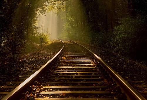 [ 唯美意境╰]__求图_____有没有火车轨道的唯美高清图呢,真心