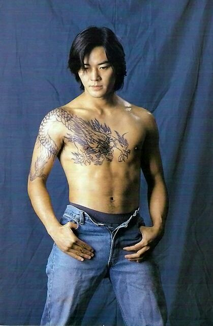 我纹了一个和陈浩南一样霸气的纹身图片