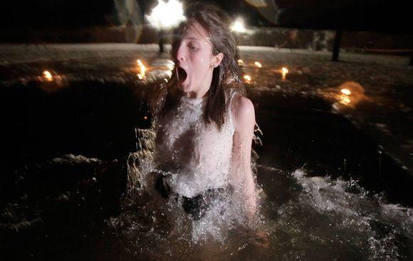 智利洗浴_回复:智利天体海滩开门迎客 有图 有内涵