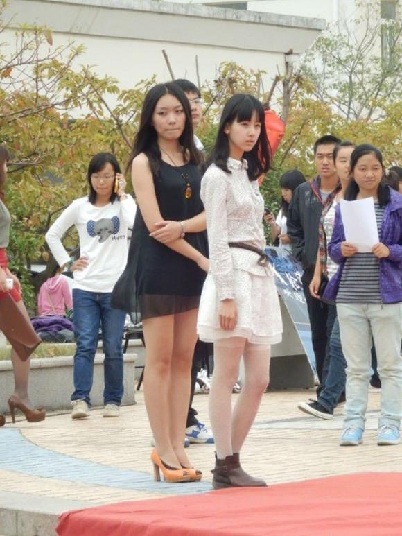 陈都灵高中被上