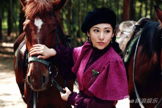 刘思彤《牌坊下的女人》佟庆