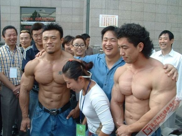 全世界最强壮的男人图片