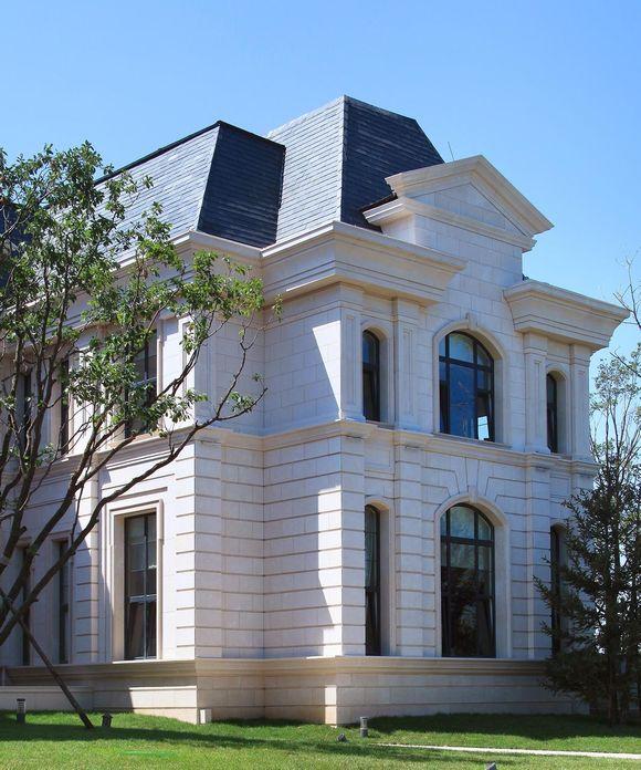 法风来袭 一起欣赏下孔雀城大湖的纯正法式大宅吧图片