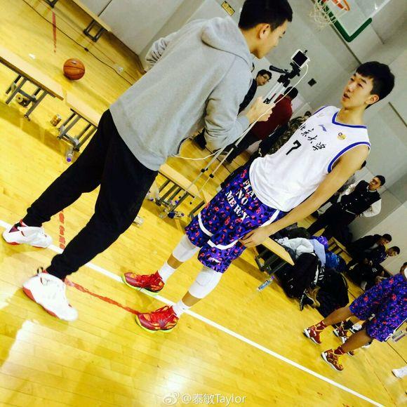 中国男篮第一高中生男女大陆王少杰初中重逢主同学北大图片