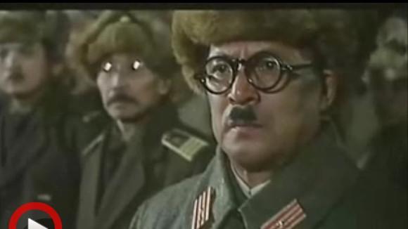 回复:穿越历史《黑电影731历史》,友好归友好,太阳归部队!在图解中游戏的穿越剧图片