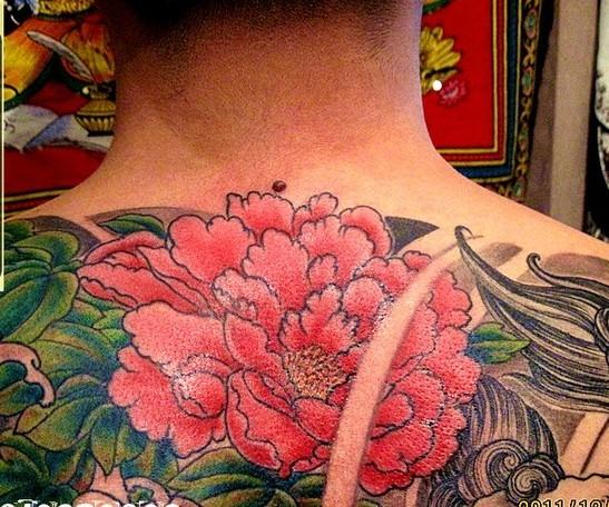 纹身花臂牡丹花割线图分享展示图片