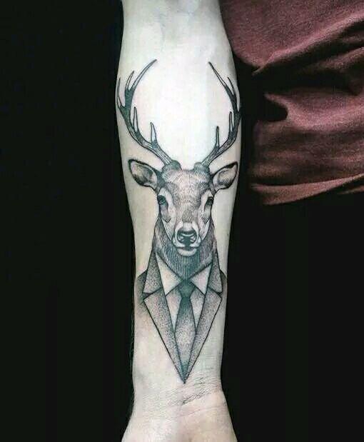 手稿线条鹿纹身图案图片