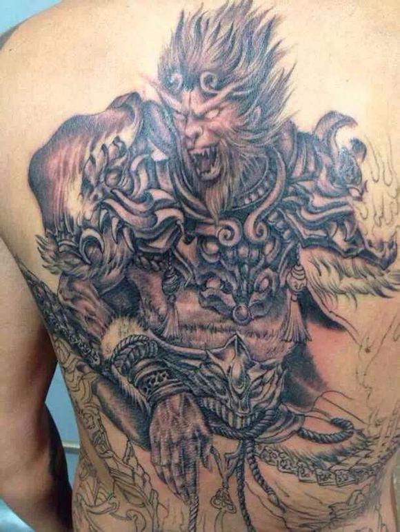 纹身 图案 求 满 背 齐天大圣 手稿 纹身 吧 齐天大圣图片