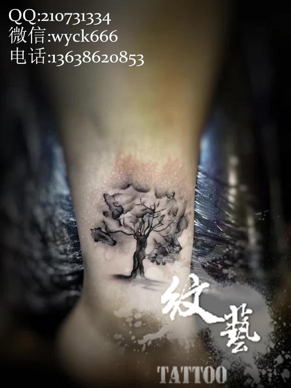 生命树脚踝纹身图片